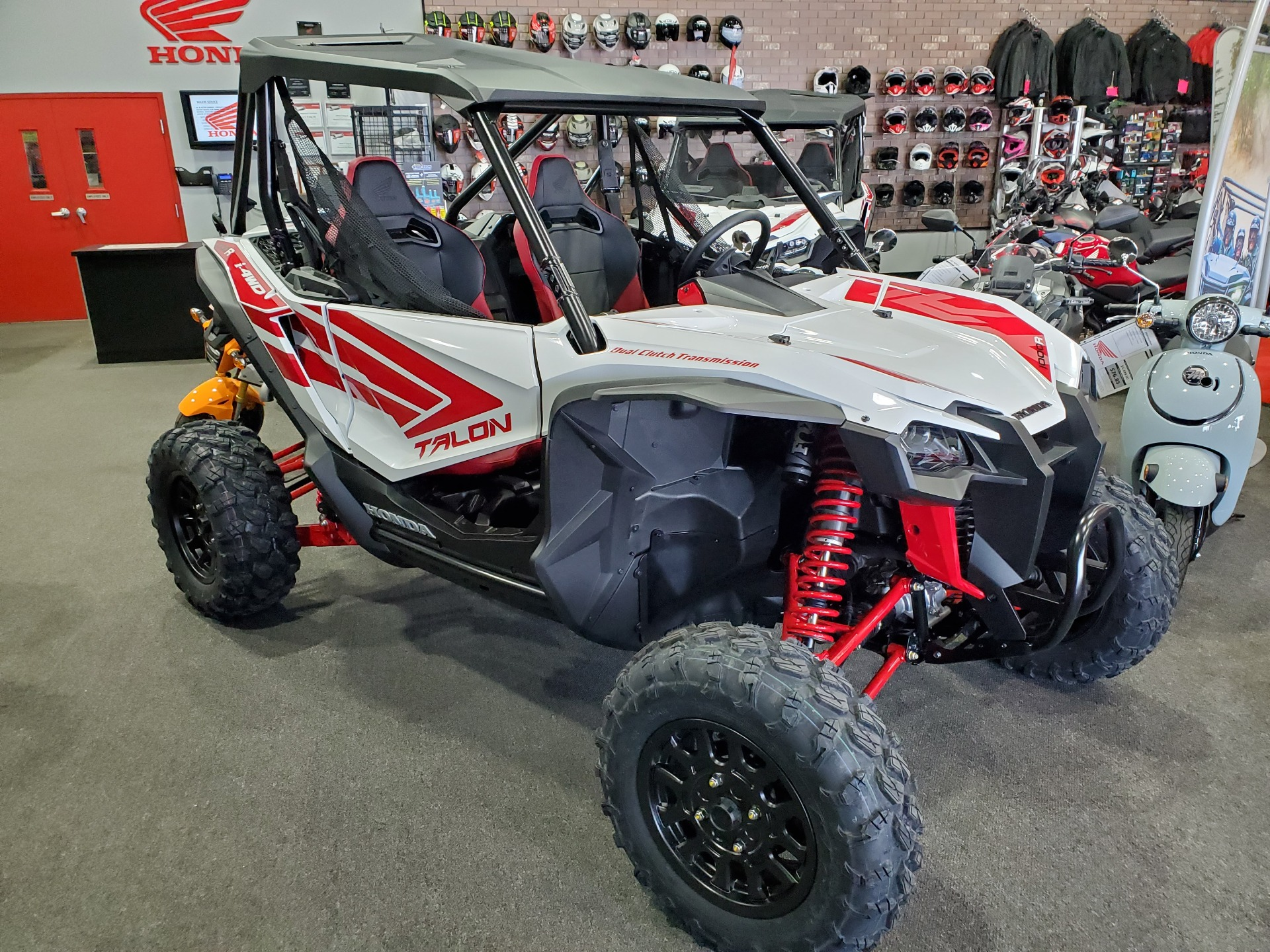 2021 Honda Talon 1000R in Moon Township, Pennsylvania - Photo 6
