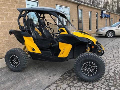 2015 Can-Am Maverick™ X® mr DPS™ 1000R in Chicora, Pennsylvania