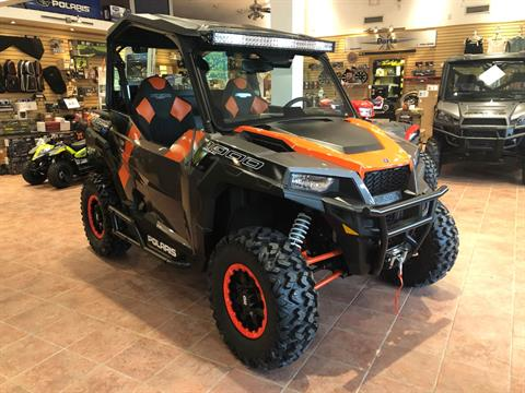 2018 Polaris General 1000 EPS Deluxe in Chicora, Pennsylvania