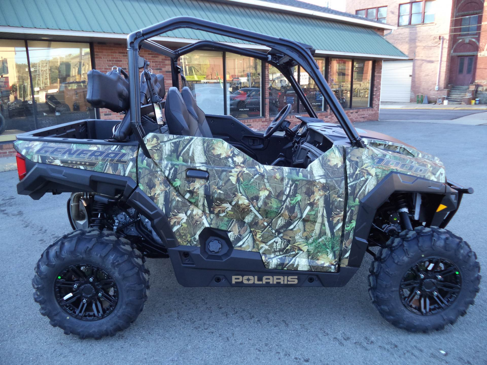 2018 Polaris General 1000 EPS Hunter Edition in Beaver Falls, Pennsylvania