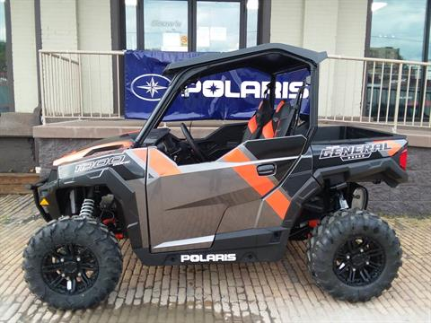 2018 Polaris General 1000 EPS Deluxe in Coraopolis, Pennsylvania