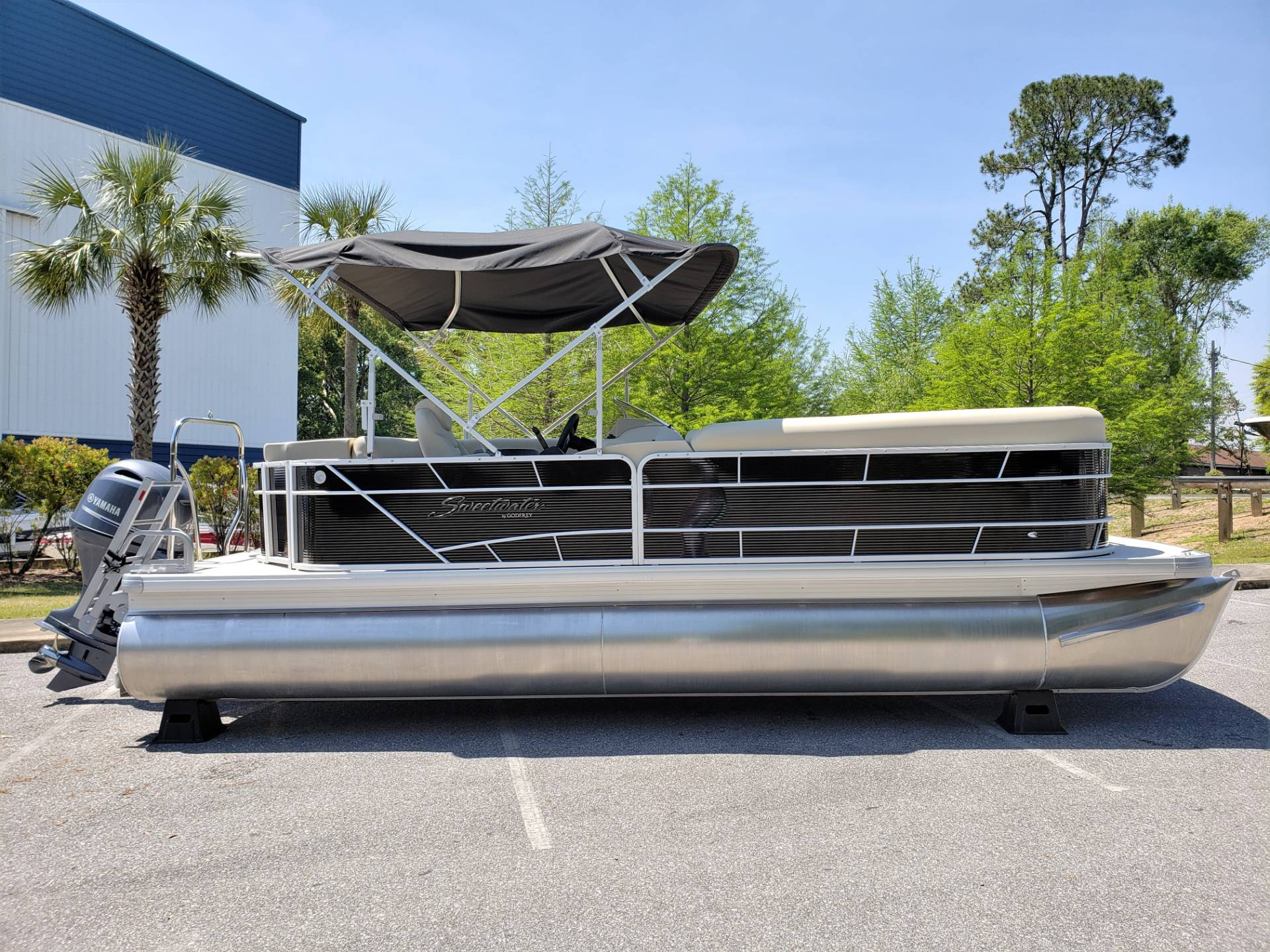 2018 Sweetwater 2286 Cruise in Niceville, Florida