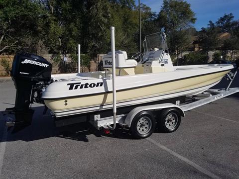 2004 Triton 220 LTS in Niceville, Florida