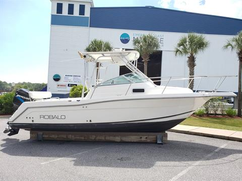 2001 Robalo 2440 Cuddy in Niceville, Florida