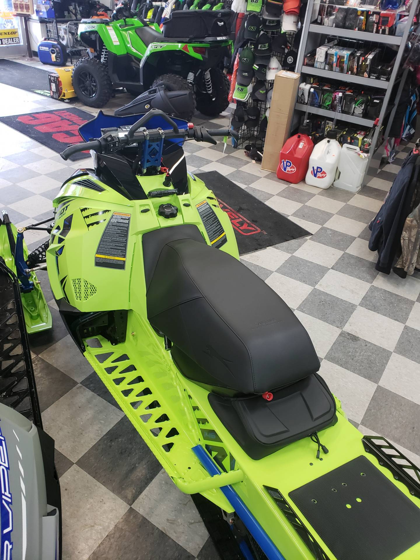2020 Arctic Cat Riot 8000 1.35 ES in Francis Creek, Wisconsin - Photo 8