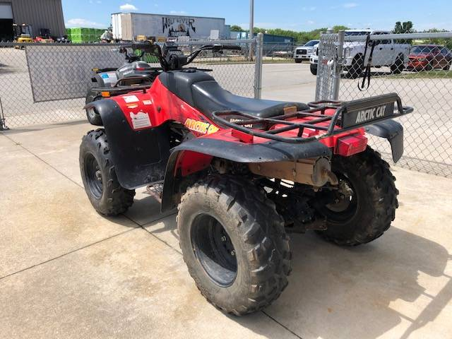 2001 Arctic Cat 400 4 X 4 Manual in Francis Creek, Wisconsin - Photo 4