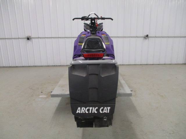 2019 Arctic Cat M 8000 Mountain Cat 153 in Francis Creek, Wisconsin - Photo 4