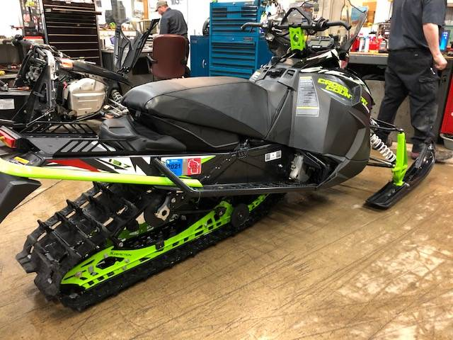 2018 Arctic Cat XF 9000 Cross Country Limited in Francis Creek, Wisconsin - Photo 3