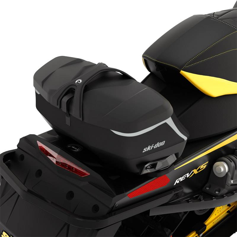 2017 Ski-Doo LinQ Premium Tunnel Bag Medium 19 + 3L in Yakima, Washington