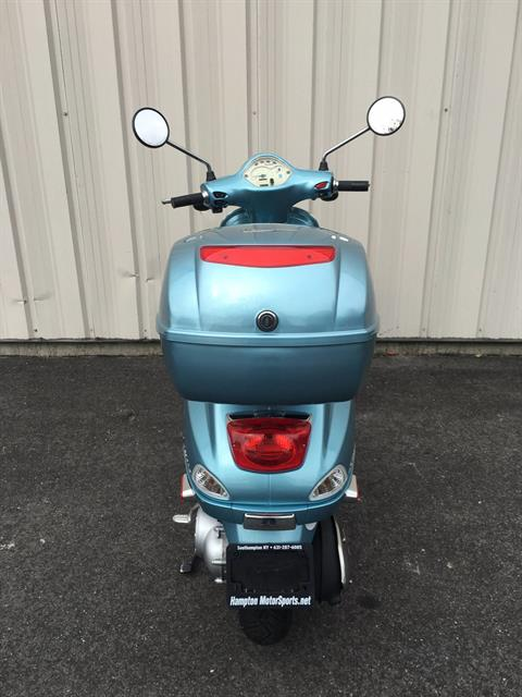 2012 Vespa LX 50 4V in Southampton, New York