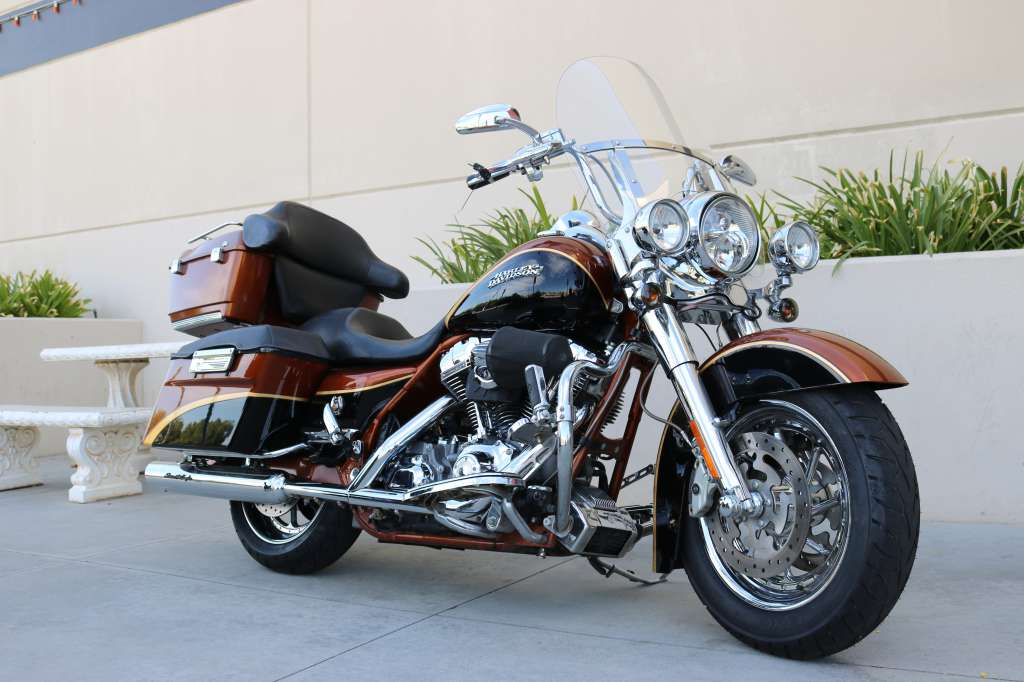 2008 Harley-Davidson CVO™ Screamin' Eagle® Road King® in Montclair, California