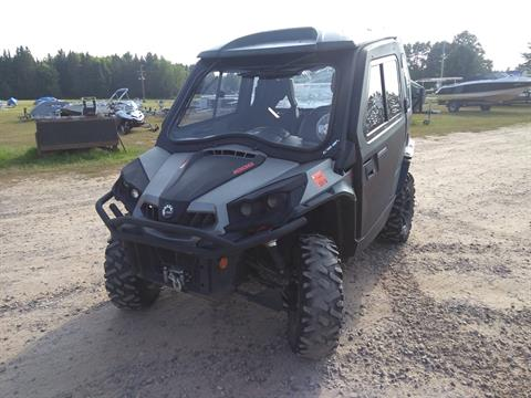2015 Can-Am Commander™ XT™ 1000 in Three Lakes, Wisconsin
