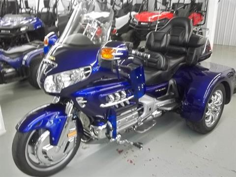 2002 Honda GL 1800 Gold wing in Bristol, Virginia