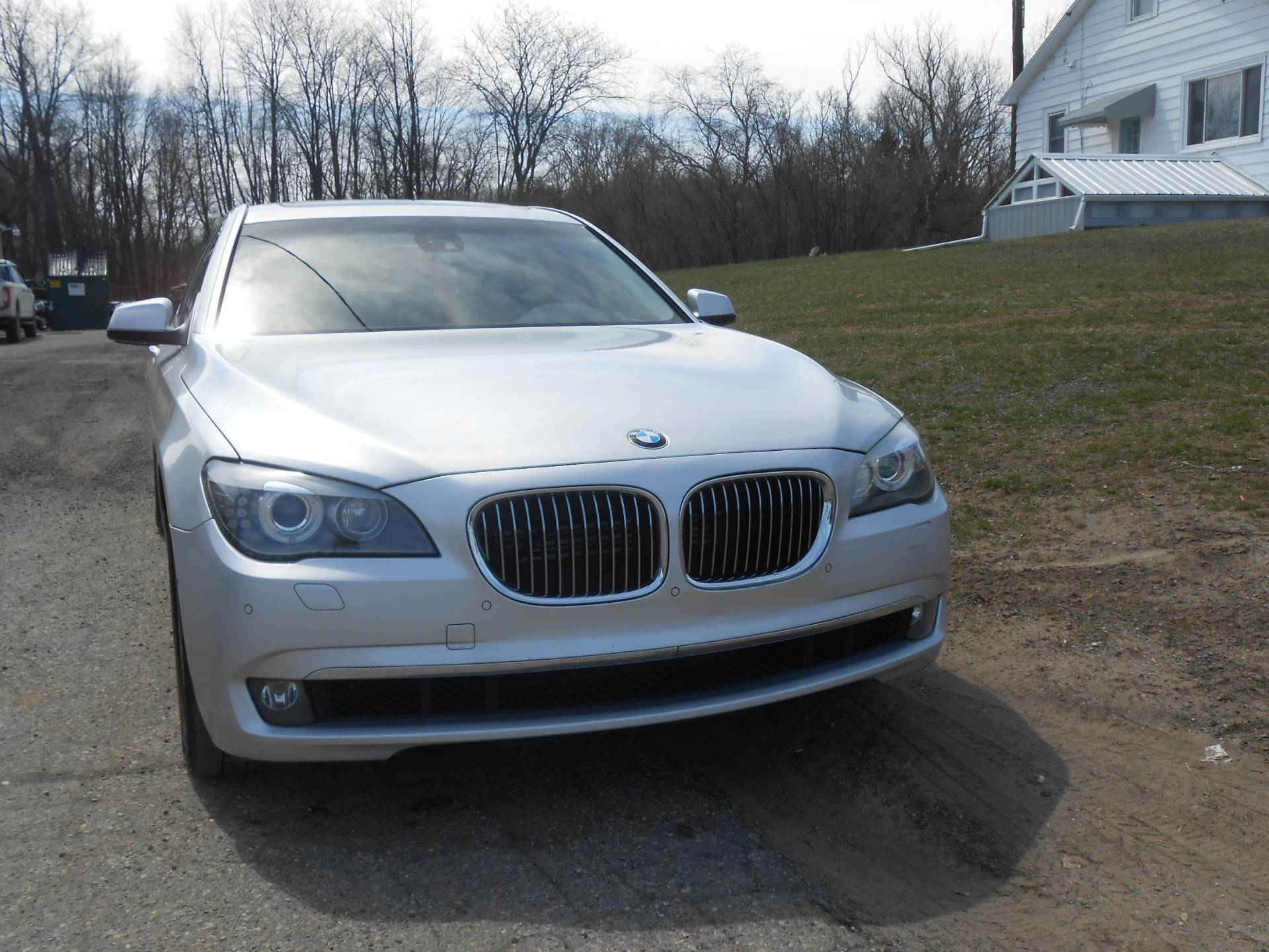 2010 BMW 750li in Howell, Michigan - Photo 2