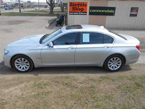 2010 BMW 750li in Howell, Michigan - Photo 6
