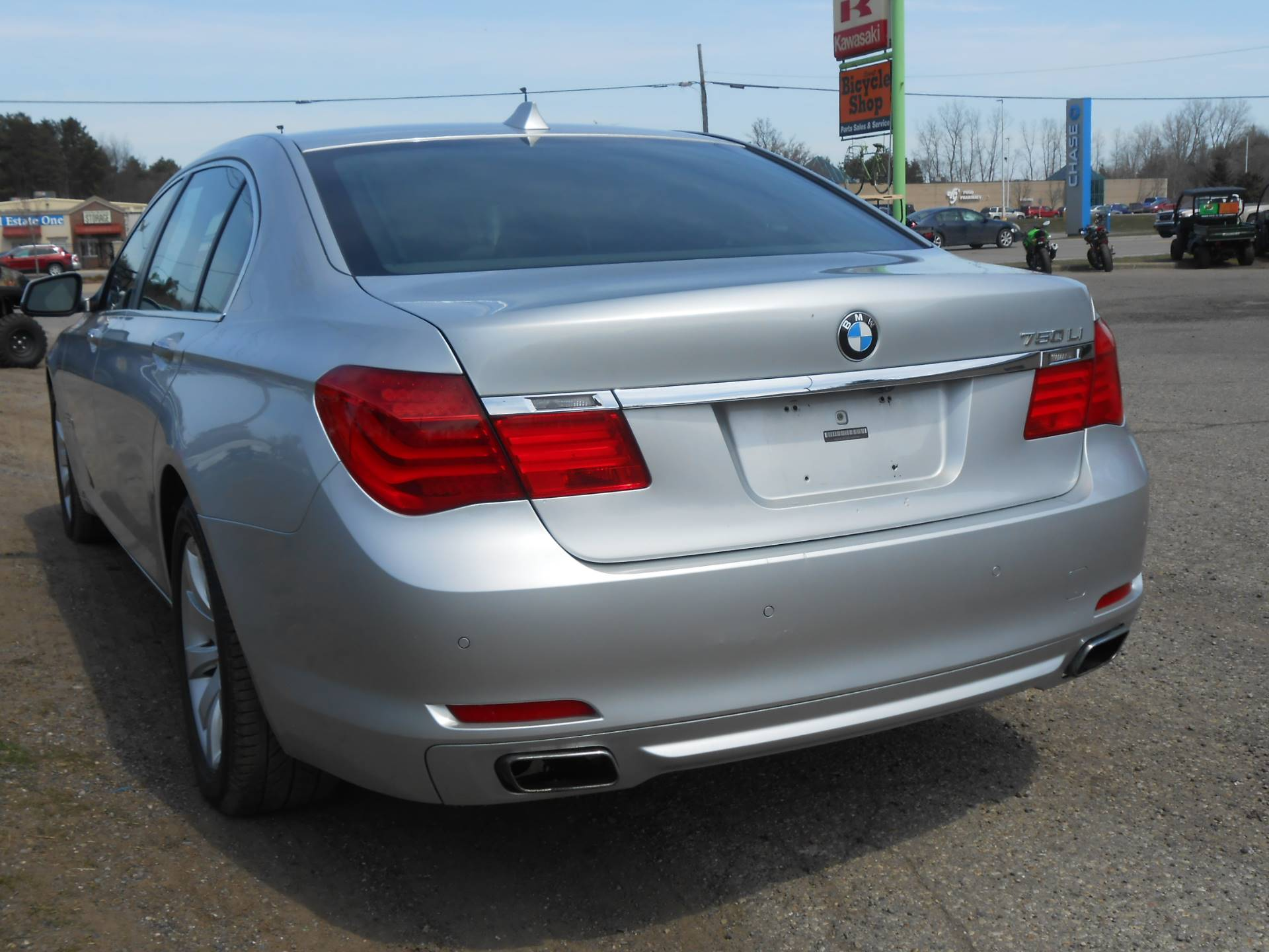 2010 BMW 750li in Howell, Michigan - Photo 9