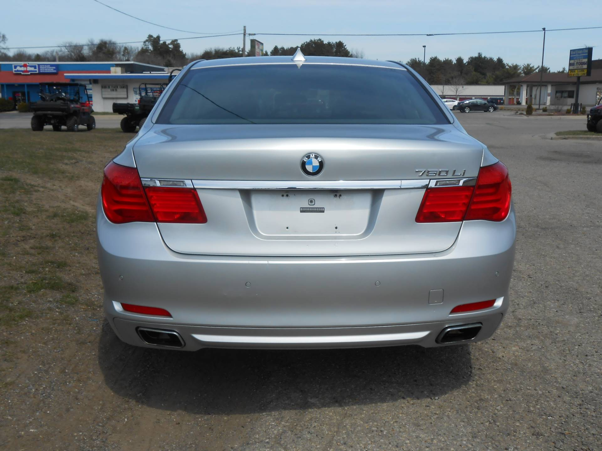 2010 BMW 750li in Howell, Michigan - Photo 10