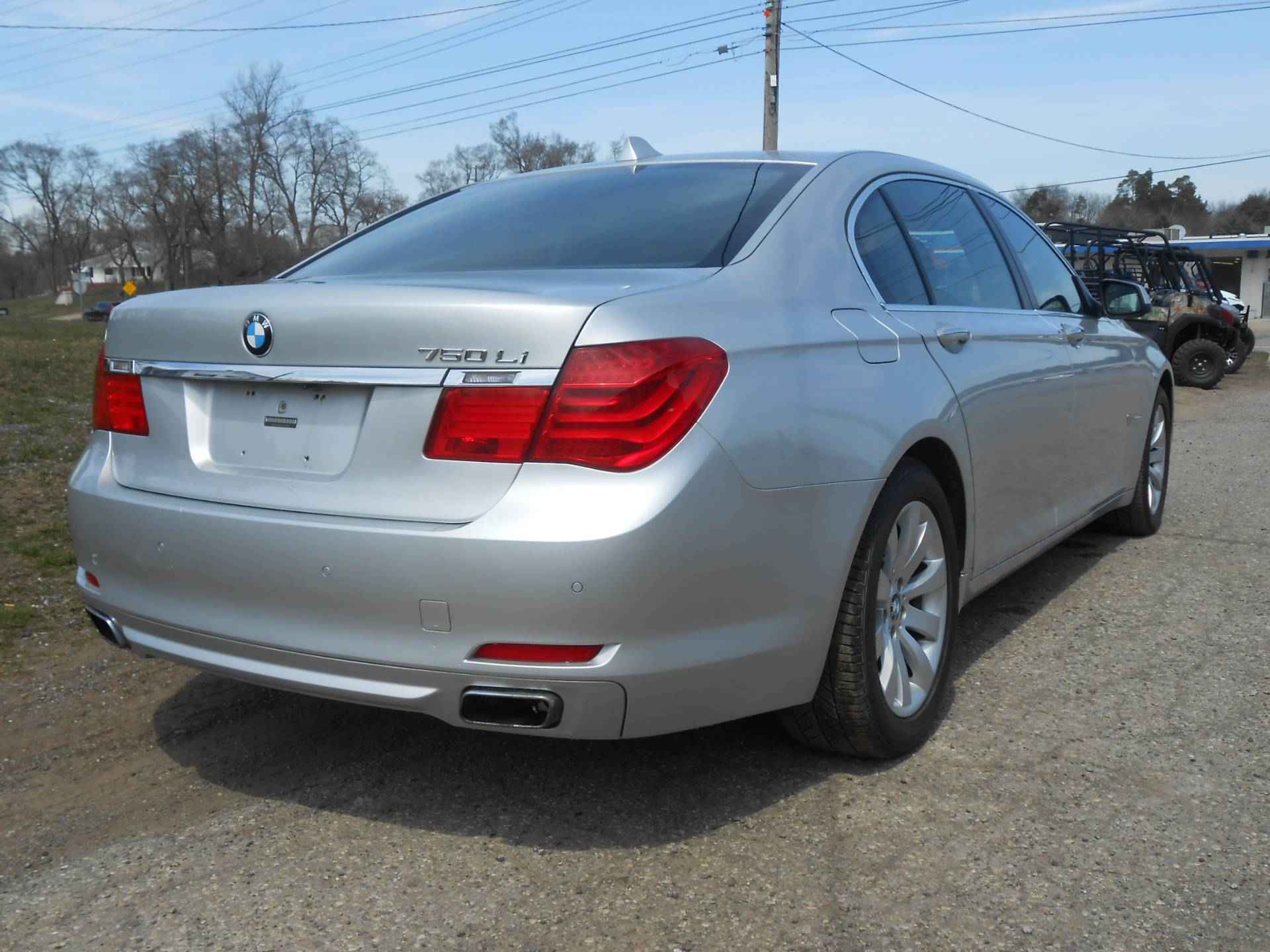 2010 BMW 750li in Howell, Michigan - Photo 11