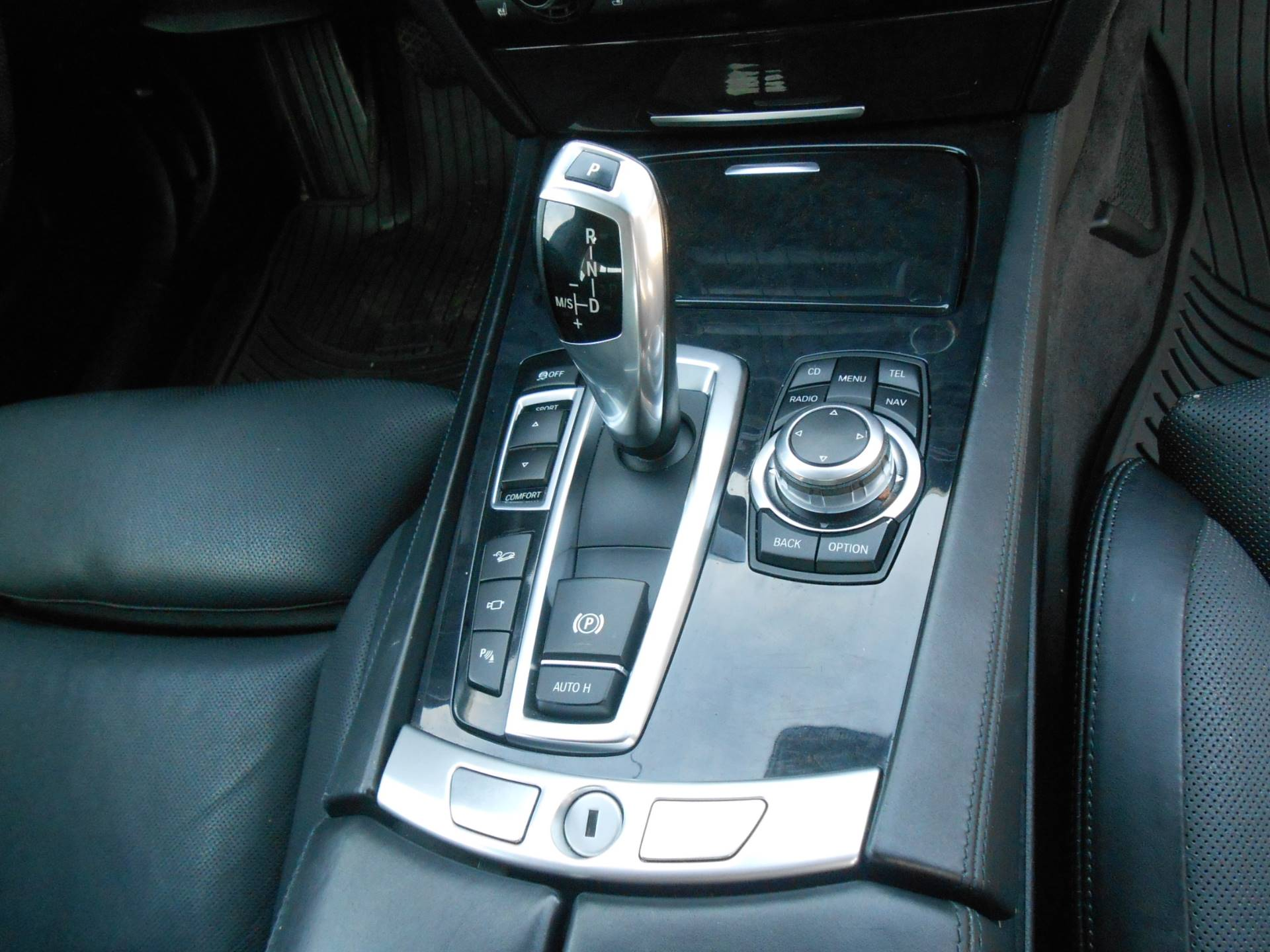 2010 BMW 750li in Howell, Michigan - Photo 18
