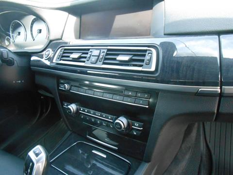 2010 BMW 750li in Howell, Michigan - Photo 19
