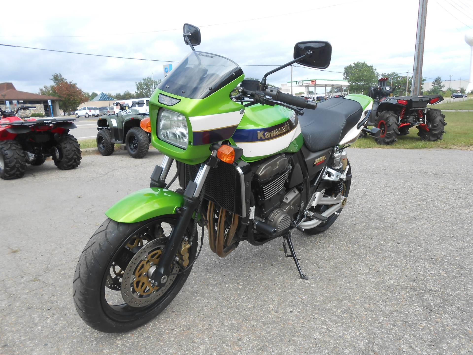 2002 ZRX1200R