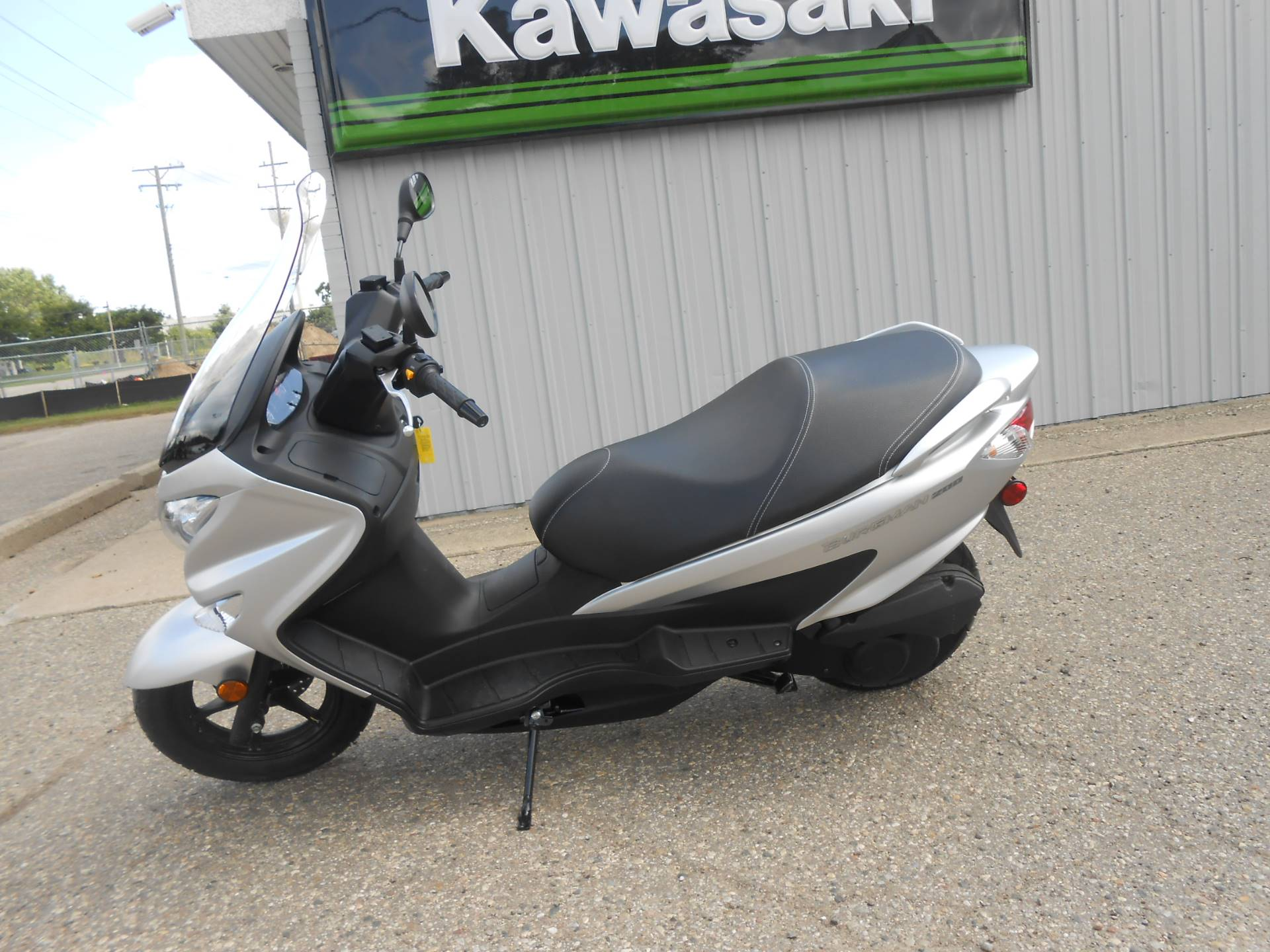 2018 Suzuki Burgman 200 in Howell, Michigan - Photo 2