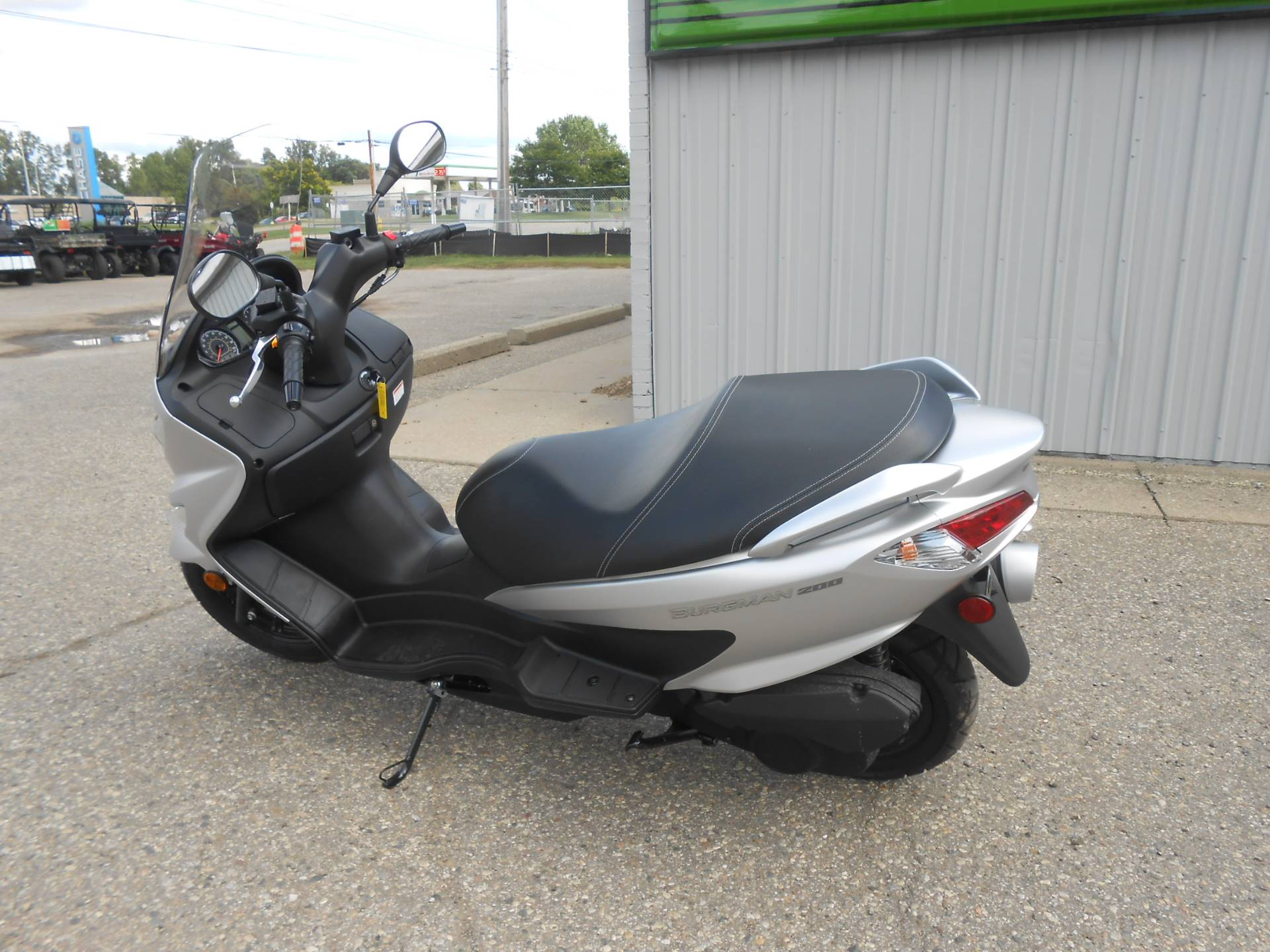 2018 Suzuki Burgman 200 in Howell, Michigan - Photo 3