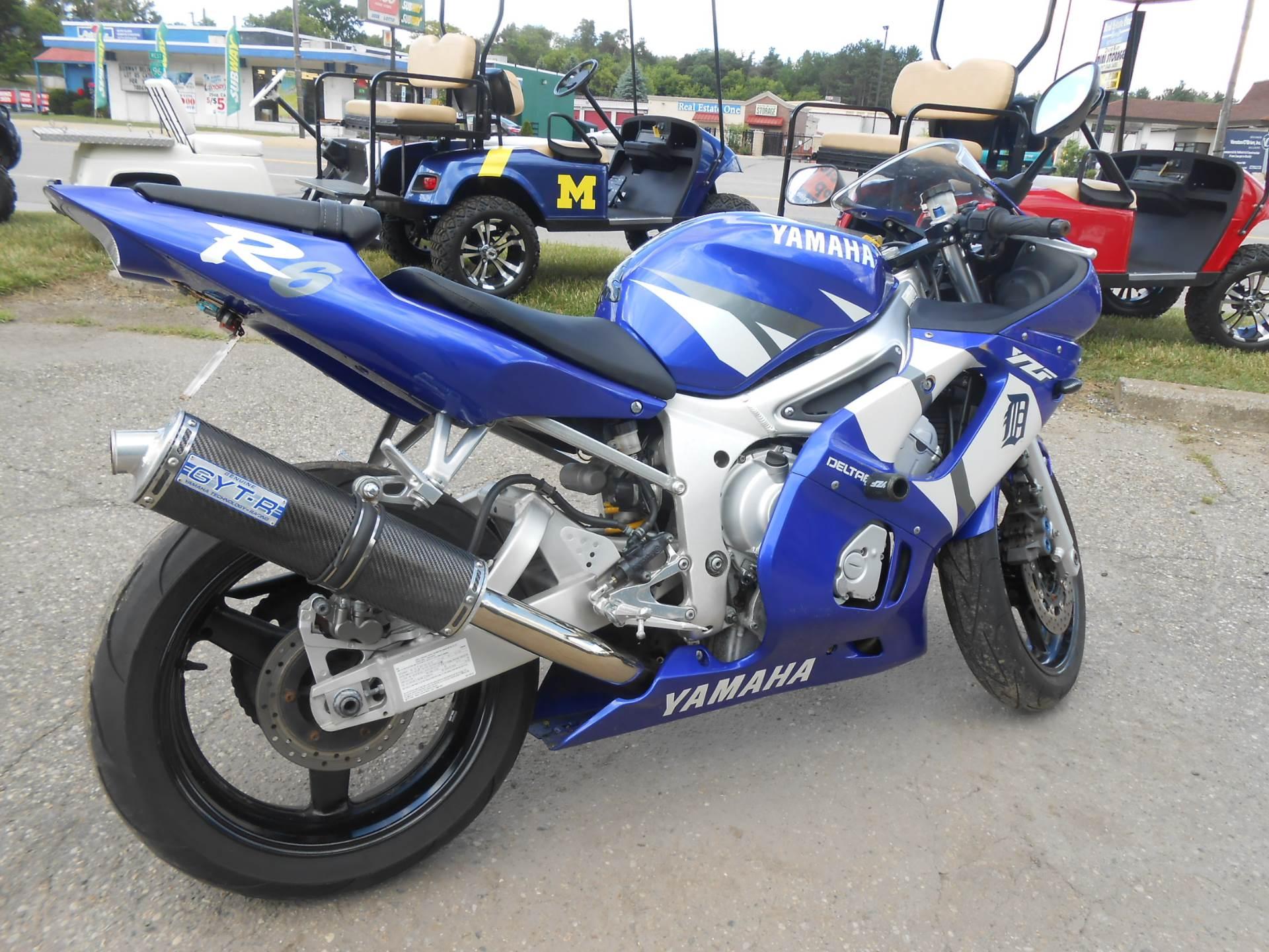 2002 Yamaha YZFR6 8