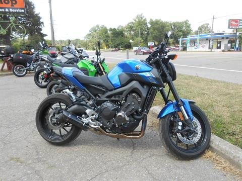 2016 Yamaha FZ-09 in Howell, Michigan