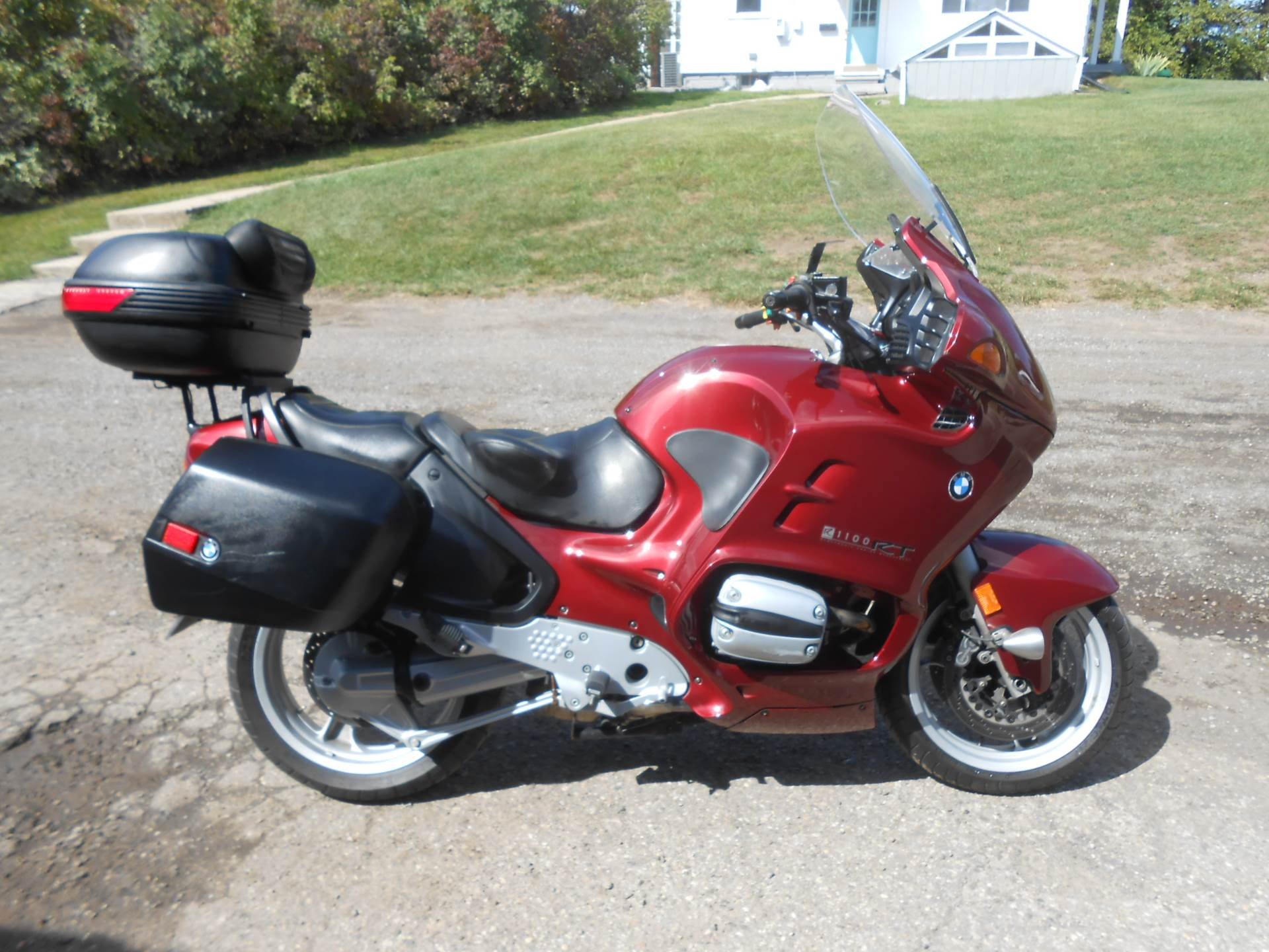 1998 BMW R1100RT ABS in Howell, Michigan - Photo 2