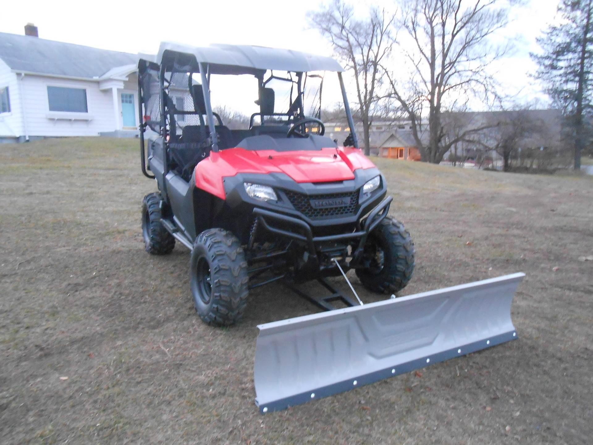 2014 Pioneer 700-4