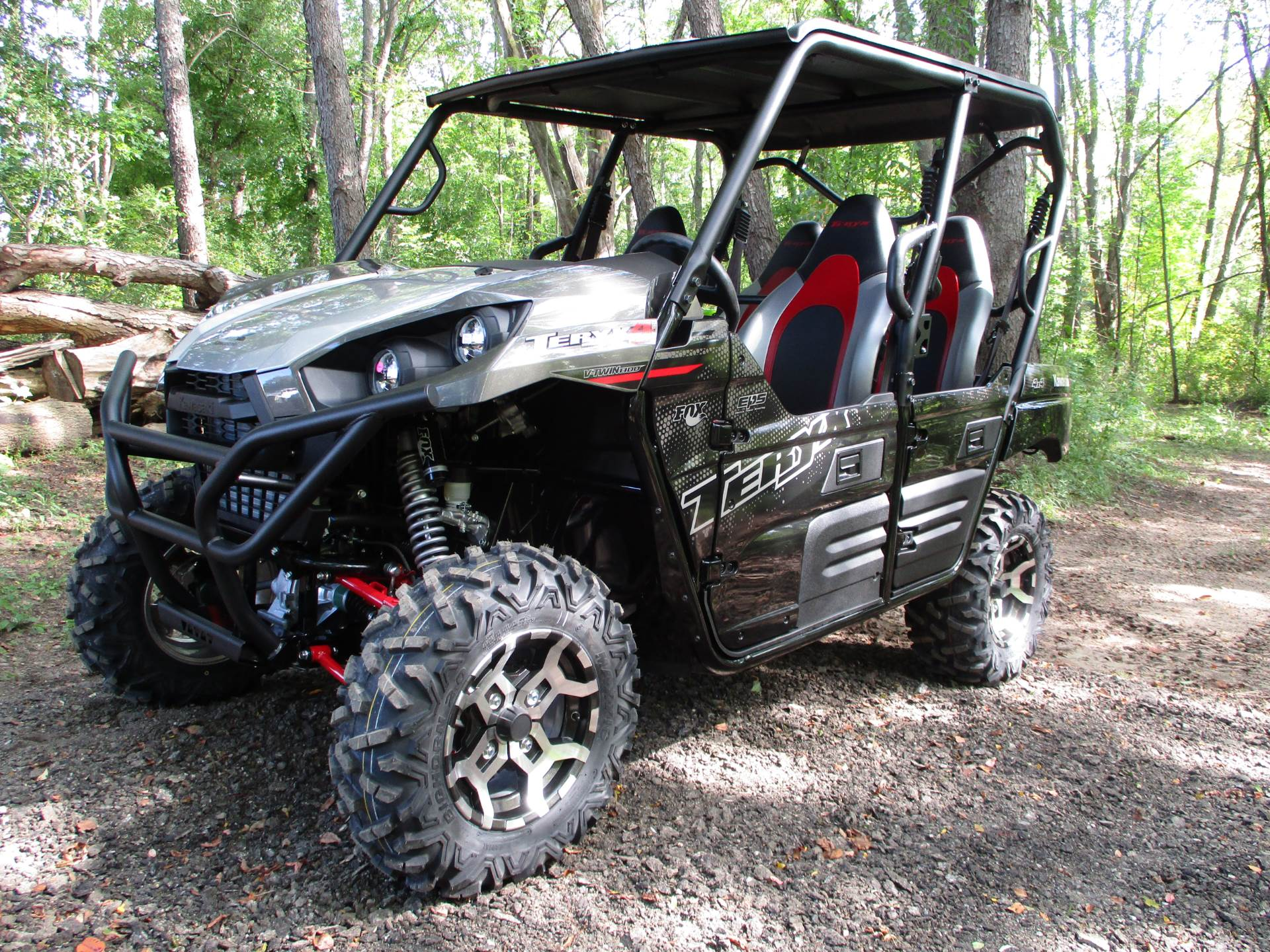 2021 Kawasaki Teryx4 LE in Howell, Michigan - Photo 1
