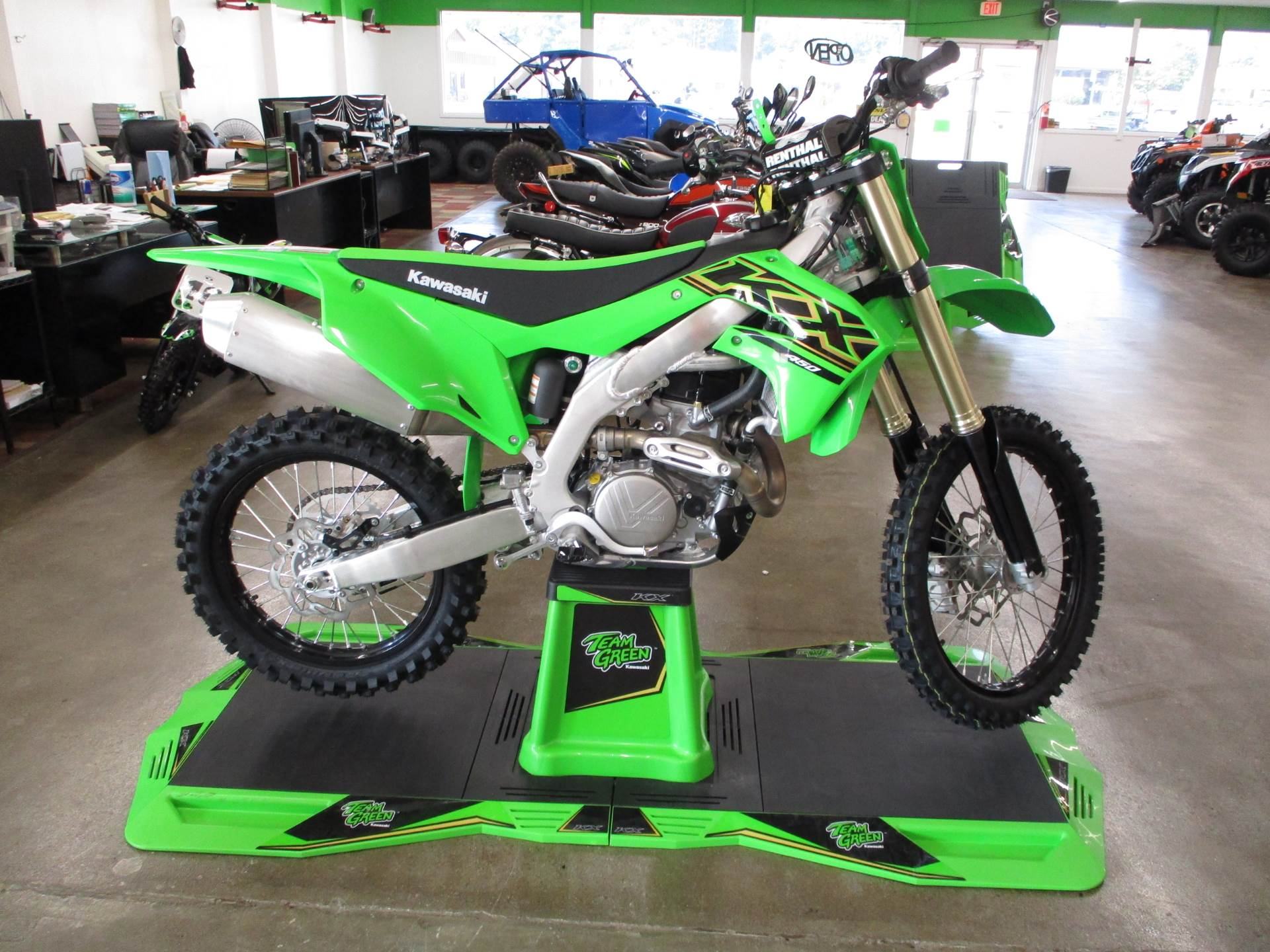 2021 Kawasaki KX 450 in Howell, Michigan - Photo 2