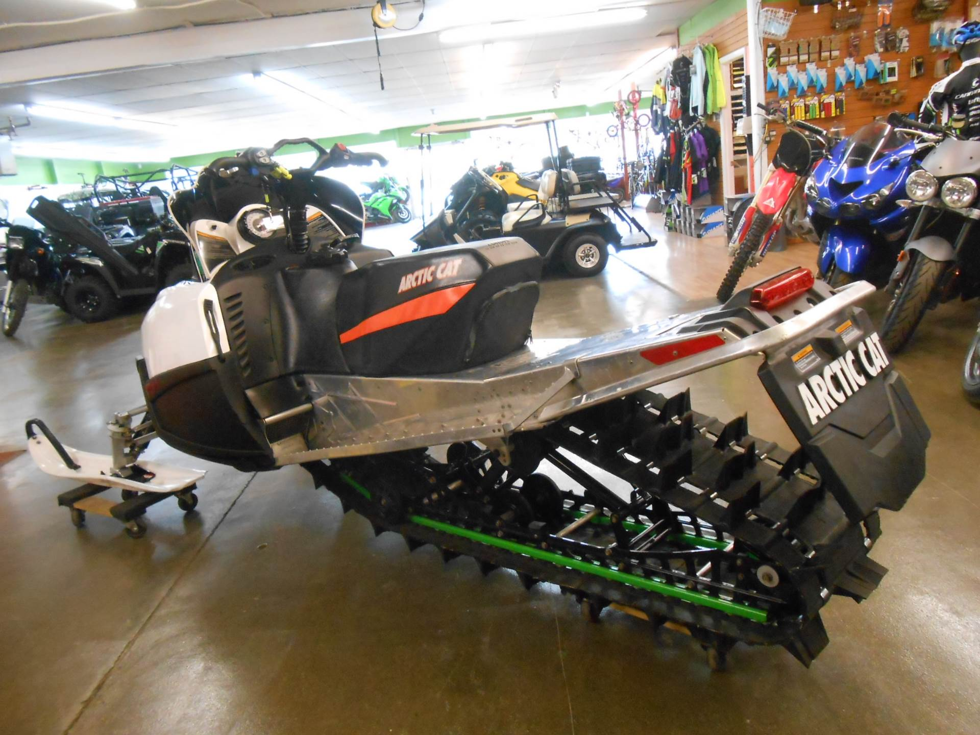 "2010 Arctic Cat M8 H.O. Sno Pro® 153"" in Howell, Michigan"