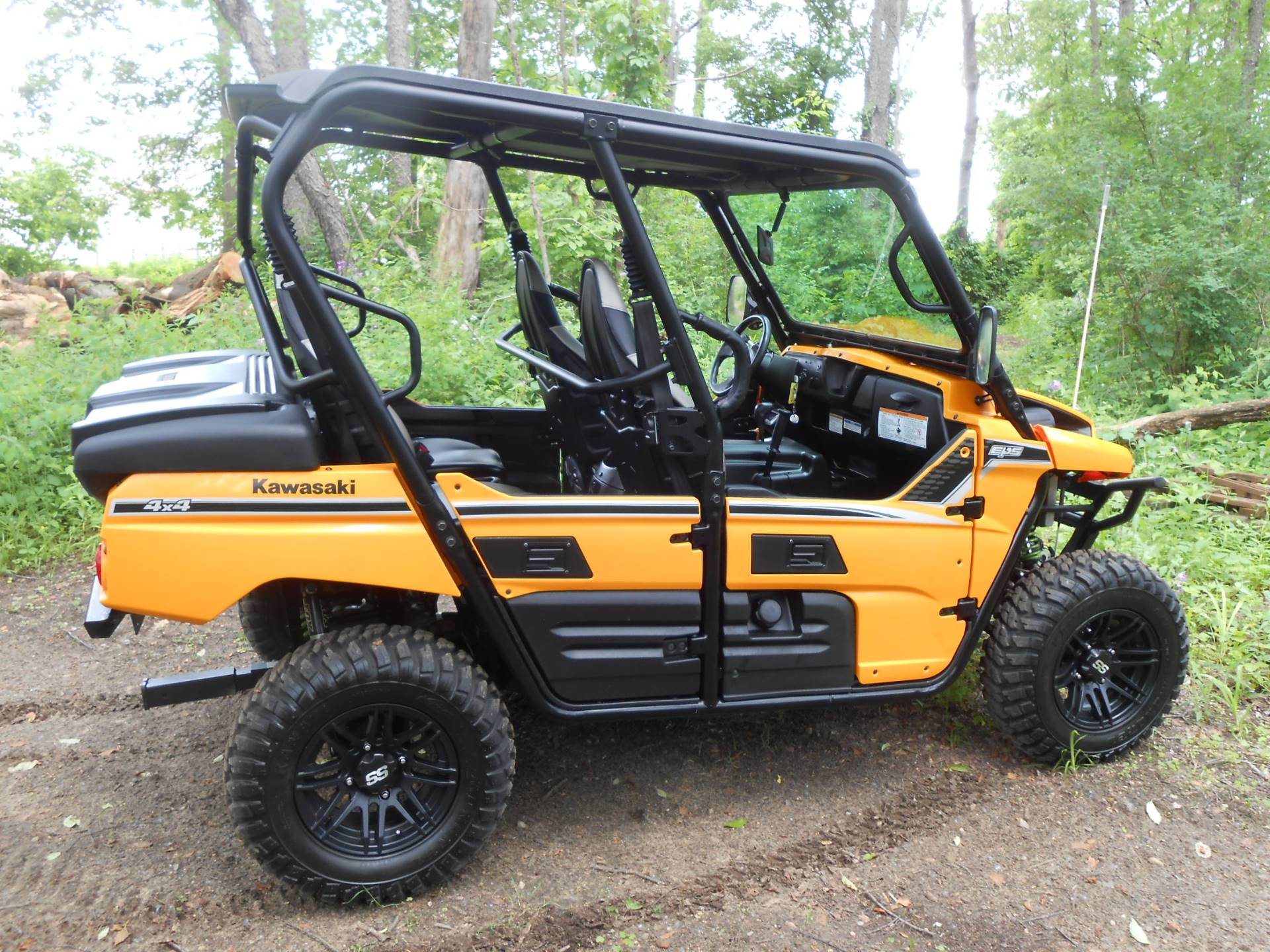 2013 Kawasaki Teryx4™ 750 4x4 EPS LE in Howell, Michigan - Photo 11