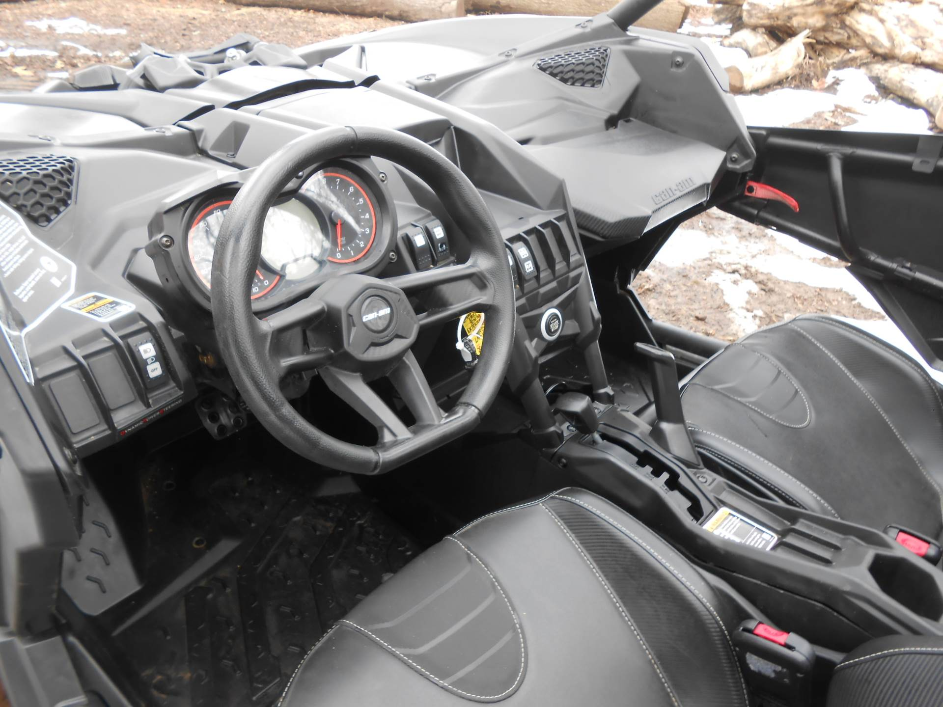 2018 Can-Am Maverick X3 X ds Turbo R in Howell, Michigan - Photo 11