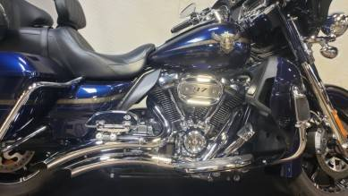 2018 Harley-Davidson 115th Anniversary CVO™ Limited in Syracuse, New York - Photo 3