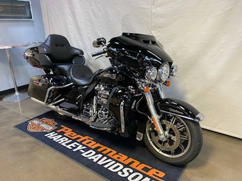 2019 Harley-Davidson Electra Glide® Ultra Classic® in Syracuse, New York - Photo 2