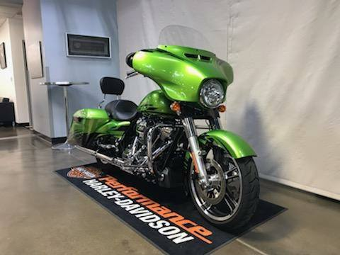 2017 Harley-Davidson Street Glide® Special in Syracuse, New York - Photo 2