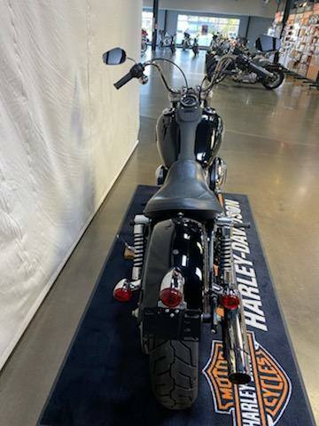 2012 Harley-Davidson Dyna® Street Bob® in Syracuse, New York - Photo 6