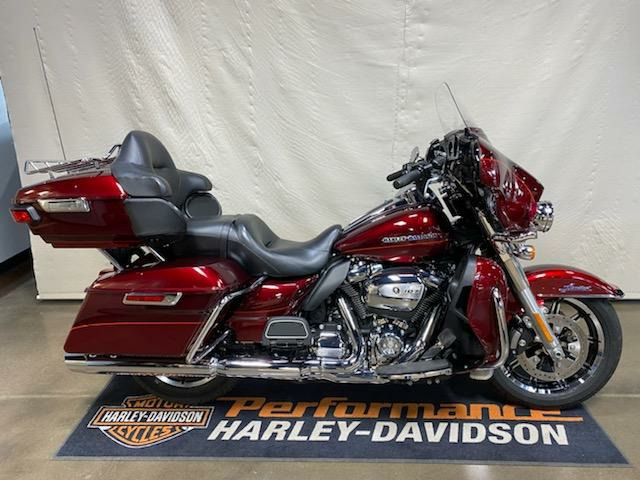 2017 Harley-Davidson Ultra Limited in Syracuse, New York - Photo 1