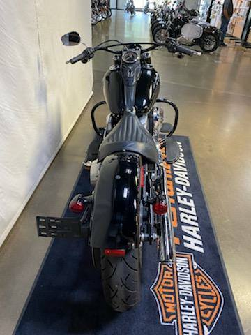 2016 Harley-Davidson Softail Slim® in Syracuse, New York - Photo 6