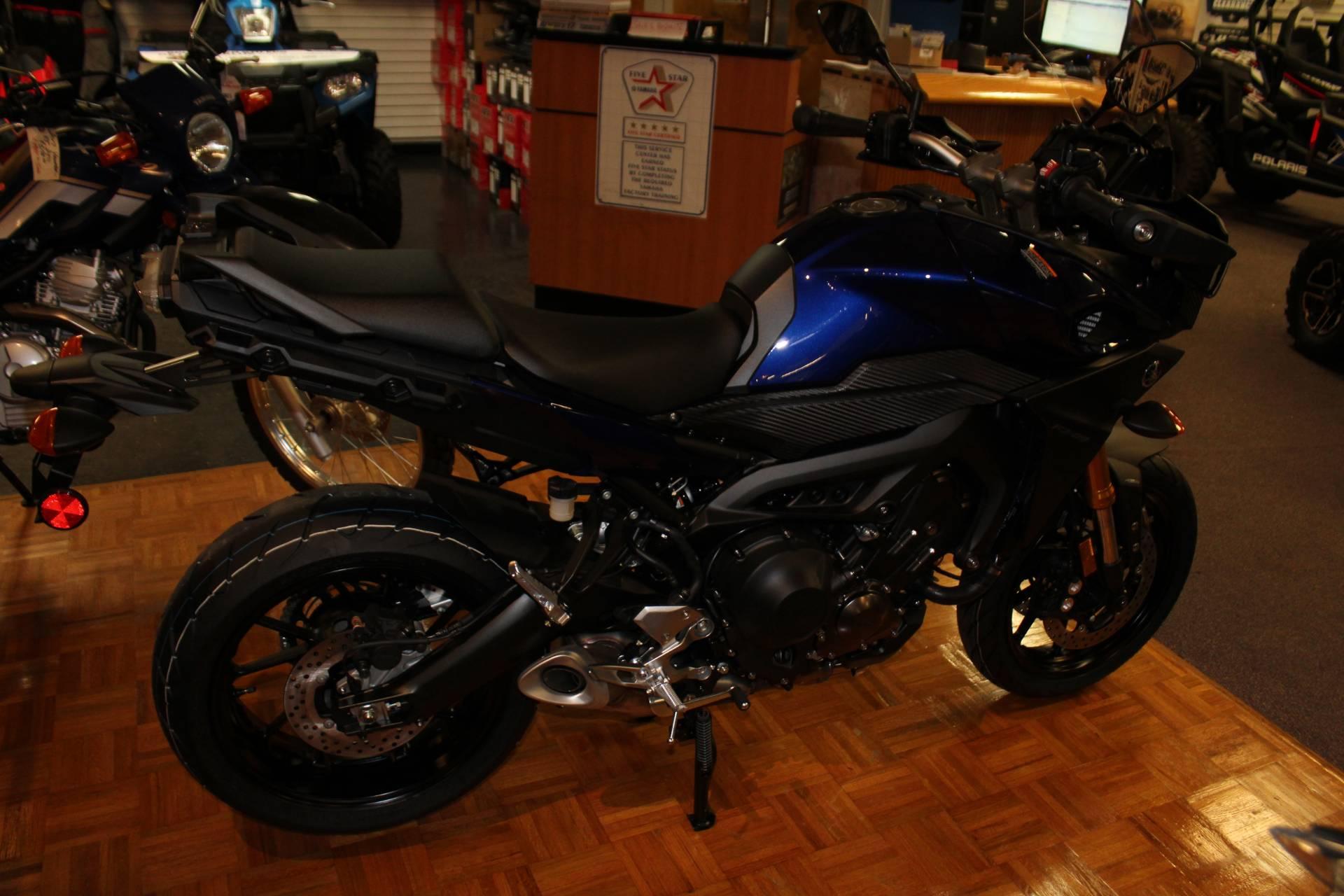 2017 Yamaha FJ-09 7