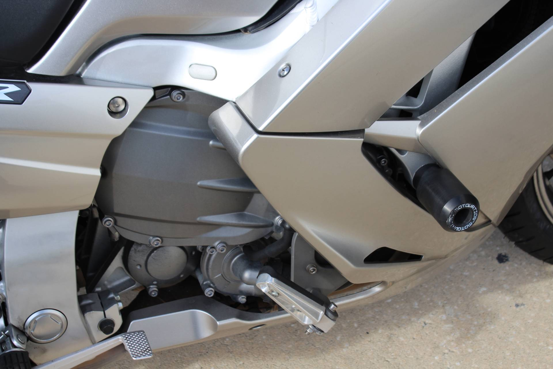 2010 Yamaha FJR1300A 6