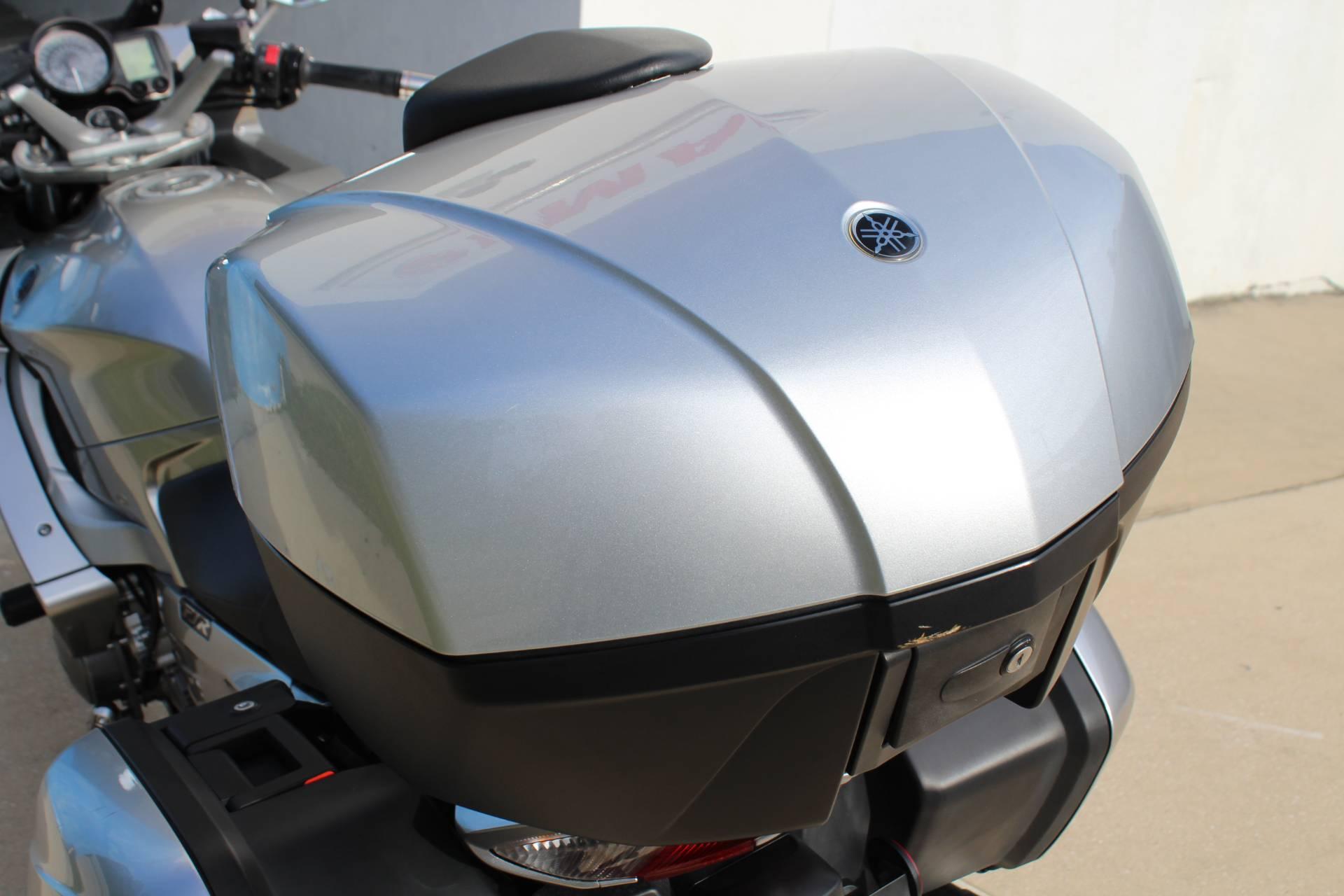 2010 Yamaha FJR1300A 8