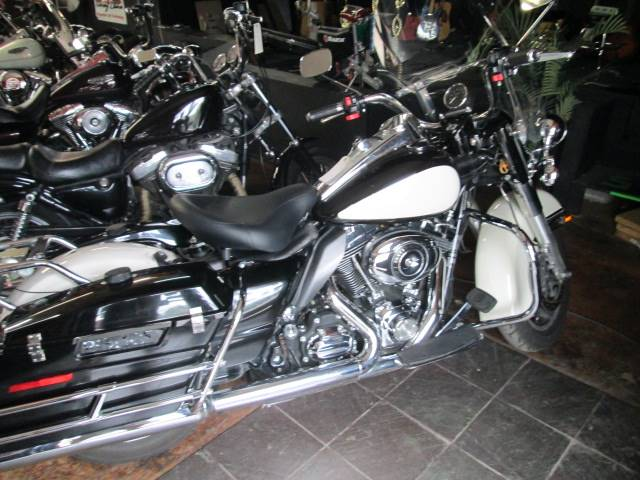 2011 Harley-Davidson Police Road King® in Arlington, Texas