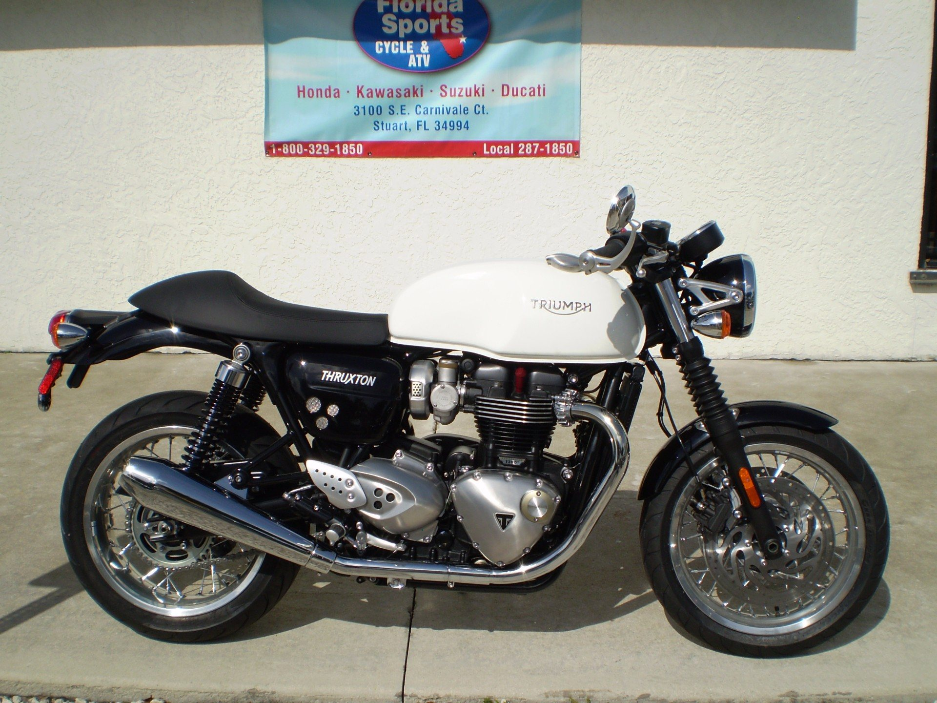 2016 Triumph Thruxton 1200 in Stuart, Florida