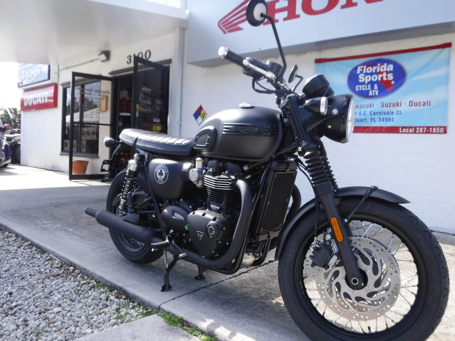2020 Triumph Bonneville T120 ACE in Stuart, Florida - Photo 2