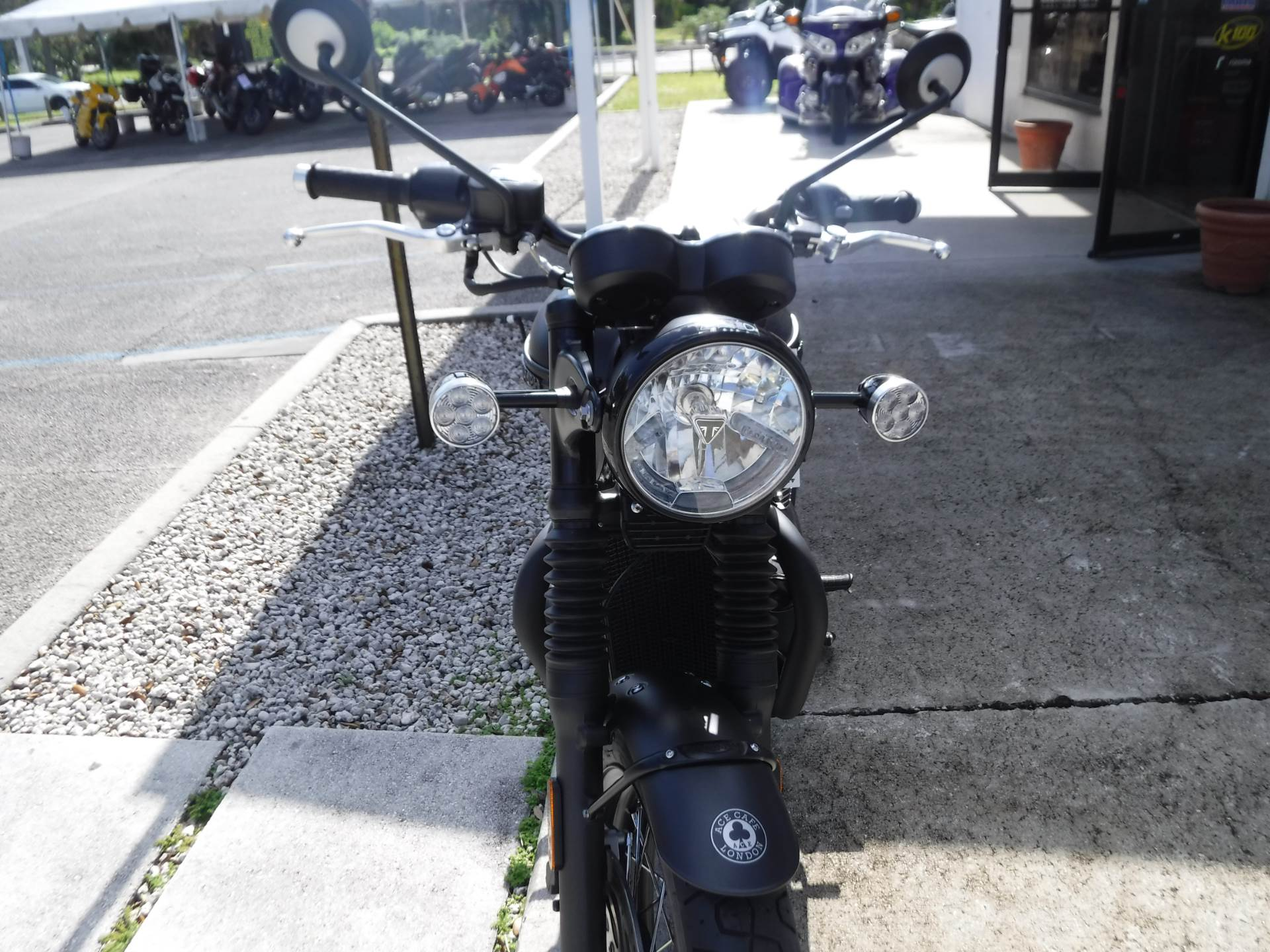2020 Triumph Bonneville T120 ACE in Stuart, Florida - Photo 3