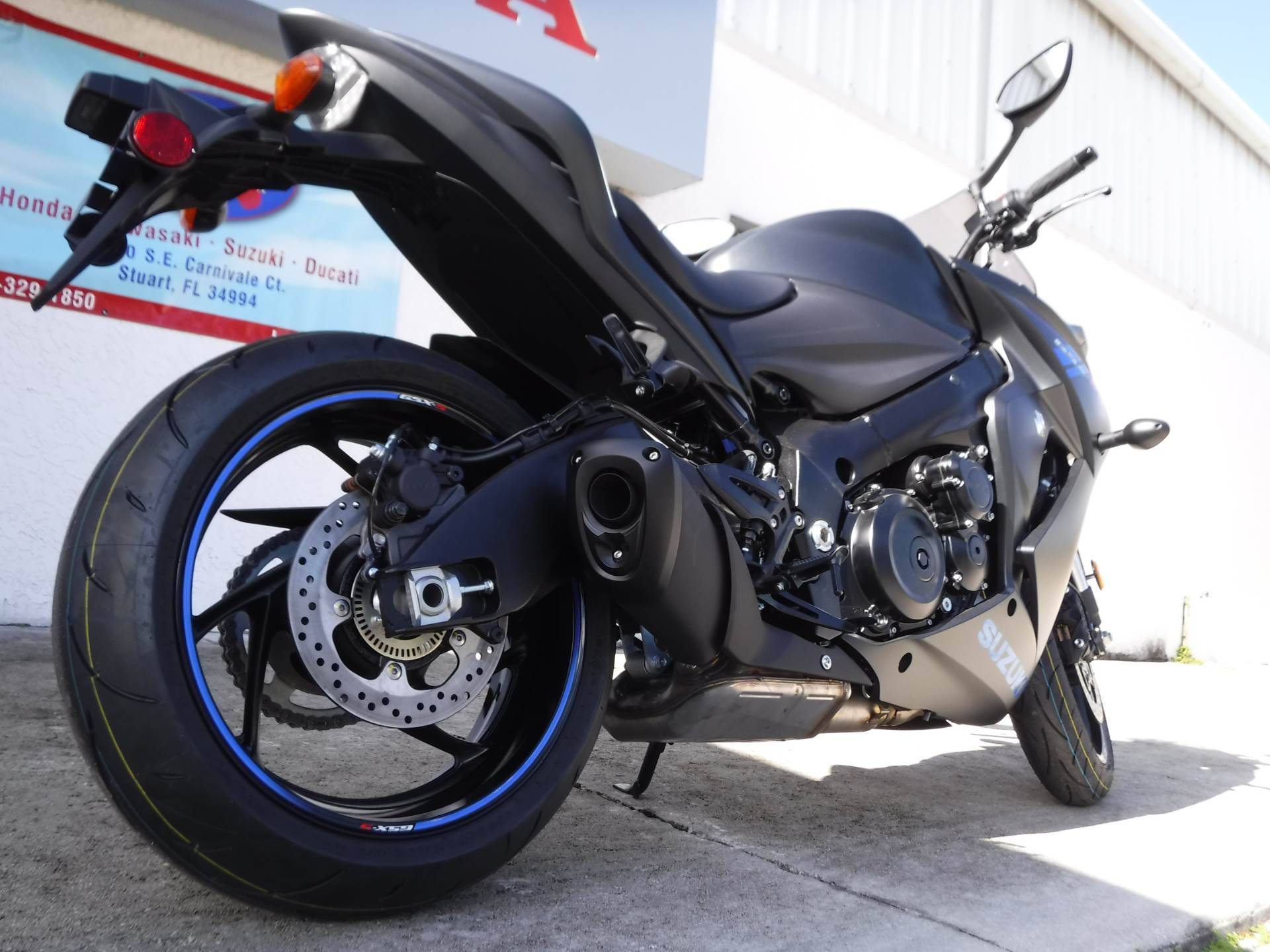 2019 Suzuki GSX-S1000FZ in Stuart, Florida - Photo 8